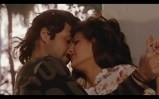 Bollywood dreamboat Jacqueline Fernandez hot giving a kiss episodes   sexy dance !